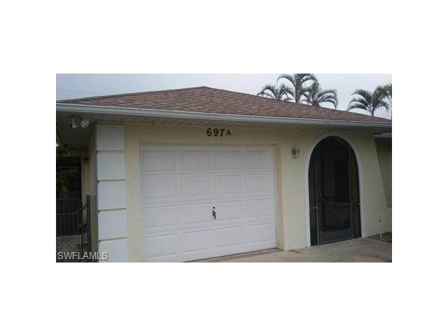 697 107th Ave A, Naples, FL 34108
