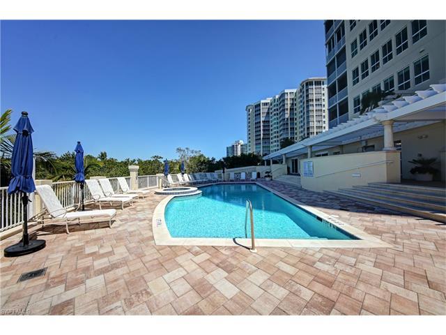 295 Grande Way 6, Naples, FL 34110
