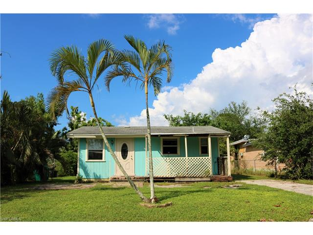 2775 Barrett Ave, Naples, FL 34112