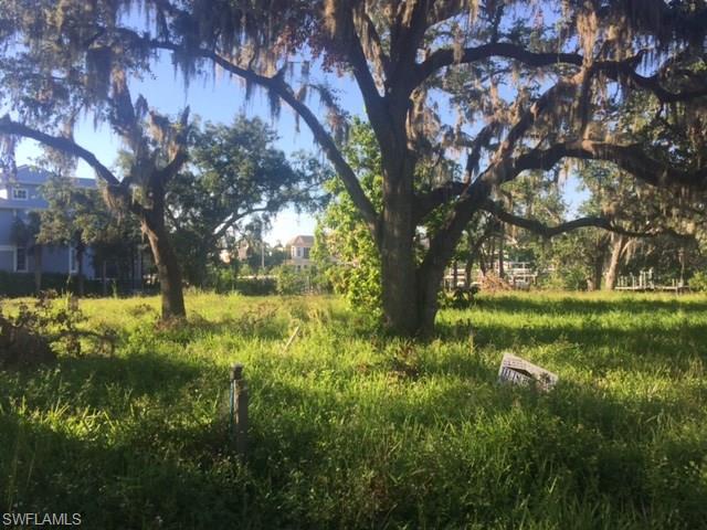 4842 Snarkage Dr, Bonita Springs, FL 34134