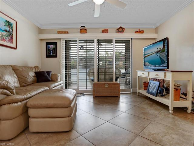 2202 Arbour Walk Cir 2116, Naples, FL 34109