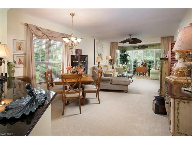 683 Wiggins Lake Dr 101, Naples, FL 34110