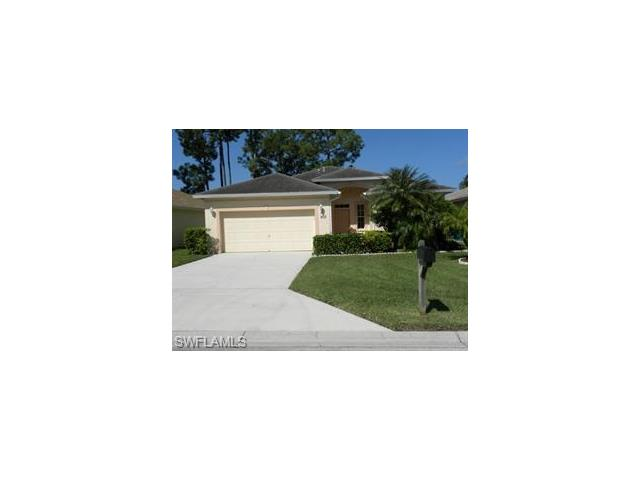 203 Stanhope Cir, Naples, FL 34104