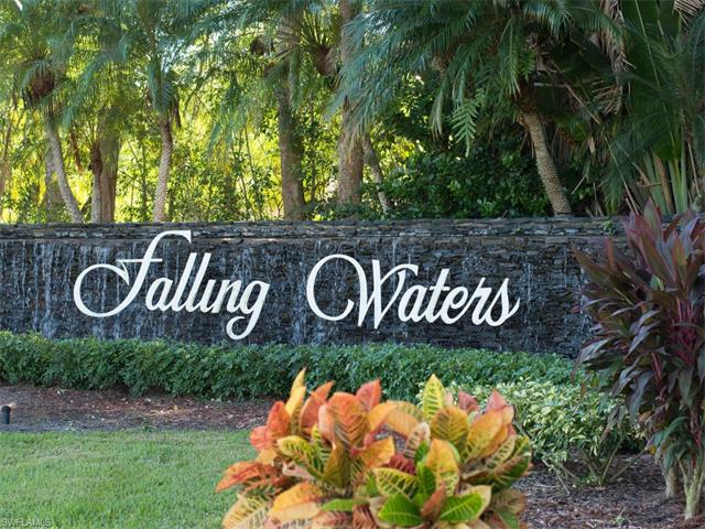 2285 Hidden Lake Dr 7, Naples, FL 34112