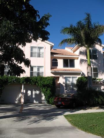968 5th St S, Naples, FL 34102