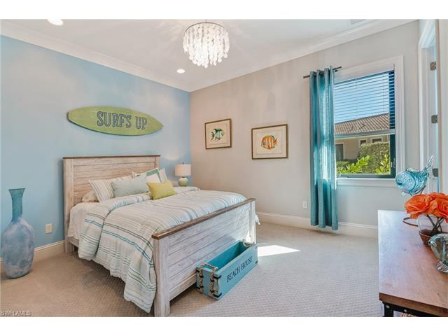 6082 Sunnyslope Dr, Naples, FL 34119