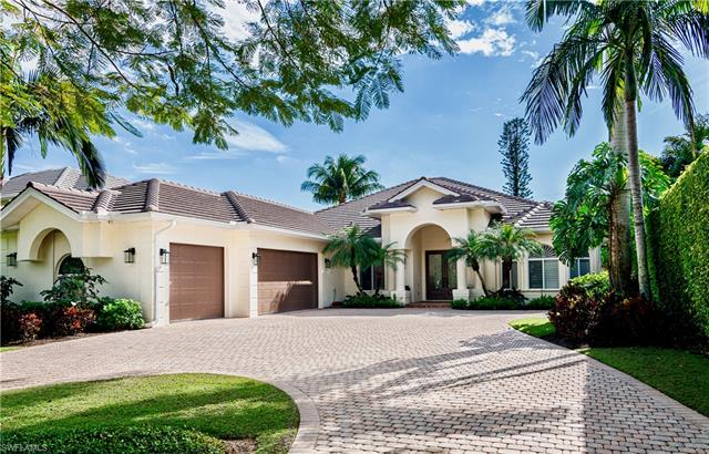 380 5th Ave N, Naples, FL 34102