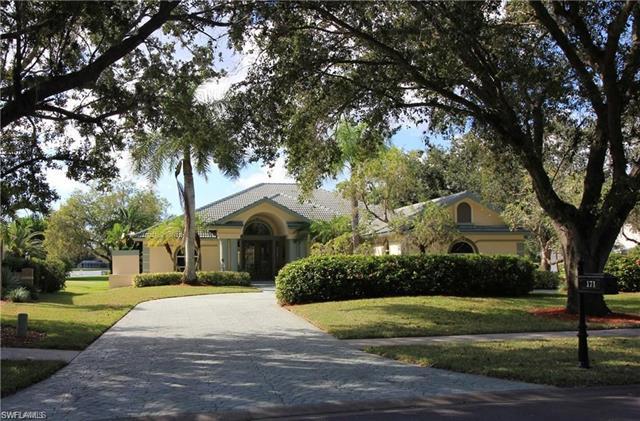 171 Arbor Blvd, Naples, FL 34119
