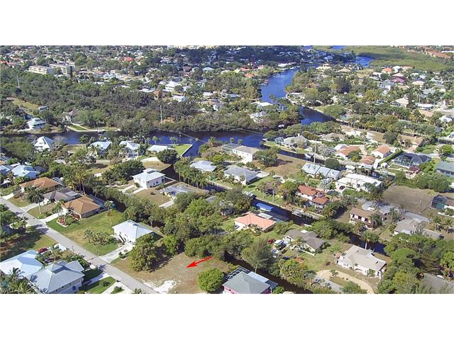 27106 Belle Rio Dr, Bonita Springs, FL 34135