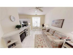 61 Silver Oaks Cir 104, Naples, FL 34119