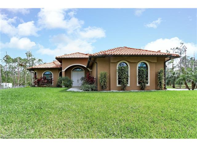 4390 14th St Ne, Naples, FL 34120