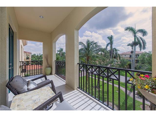 2805 Tiburon Blvd E 1-103, Naples, FL 34109