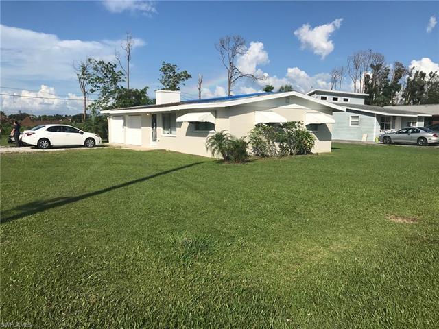 200 Benson St, Naples, FL 34113