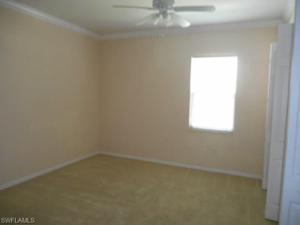 990 Peggy Cir 403, Naples, FL 34113