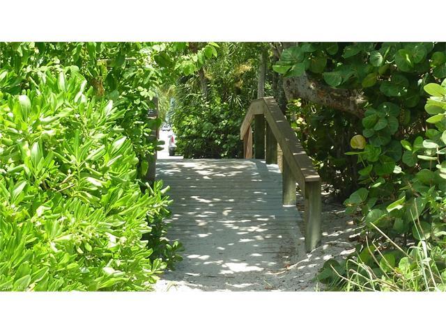 29131 Brendisi Way 8201, Naples, FL 34110