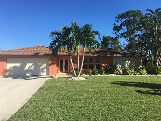 989 E Valley Dr, Bonita Springs, FL 34134