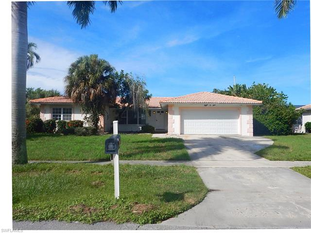 806 Fairlawn Ct, Marco Island, FL 34145