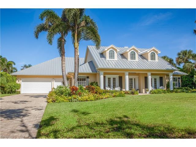 595 Coral Dr, Naples, FL 34102