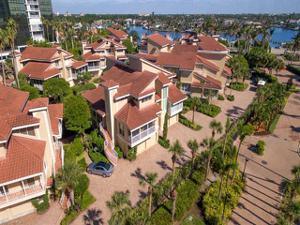 4727 Villa Mare Ln, Naples, FL 34103