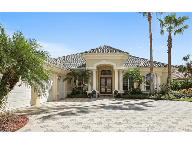 2924 Gardens Blvd, Naples, FL 34105