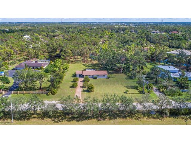 6616 Trail Blvd, Naples, FL 34108