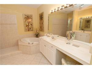 4600 Winged Foot Way 8-202, Naples, FL 34112