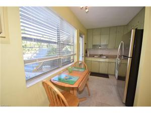 213 8th Ave S 213a, Naples, FL 34102