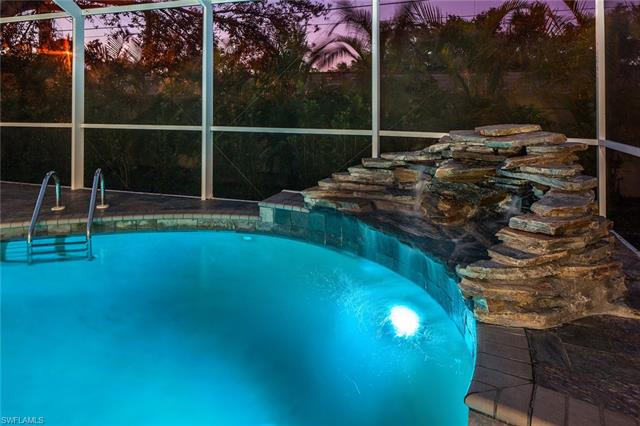 8145 Las Palmas Way, Naples, FL 34109