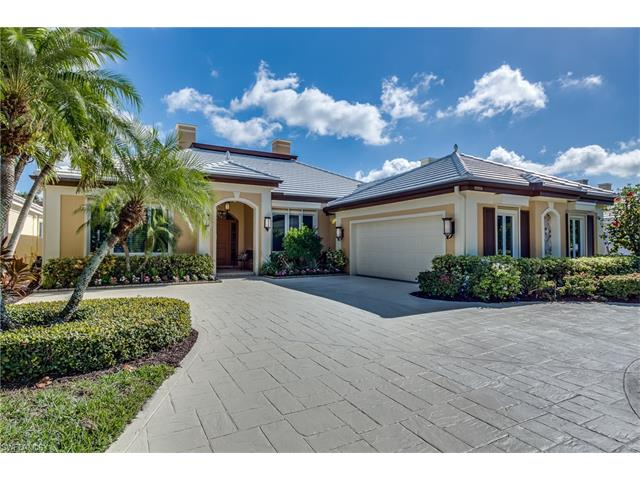 15558 Whitney Ln, Naples, FL 34110