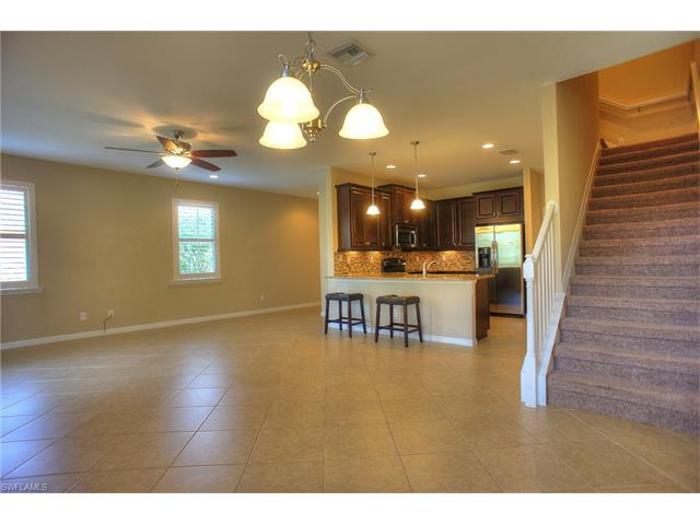 15414 Summit Place Cir 135, Naples, FL 34119