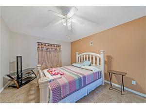 4230 54th Ave Ne, Naples, FL 34120