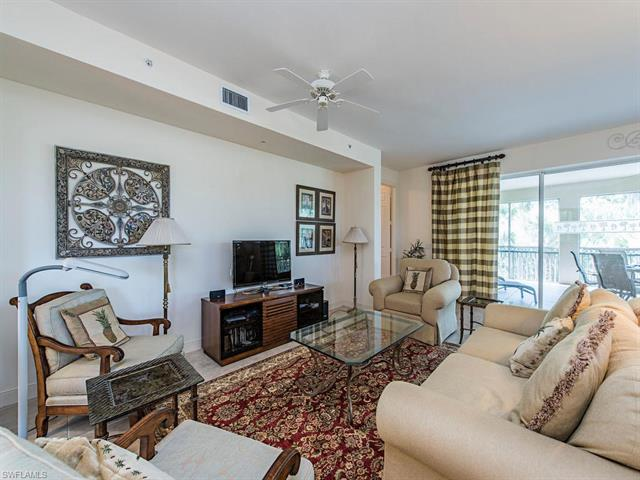 720 Waterford Dr 303, Naples, FL 34113