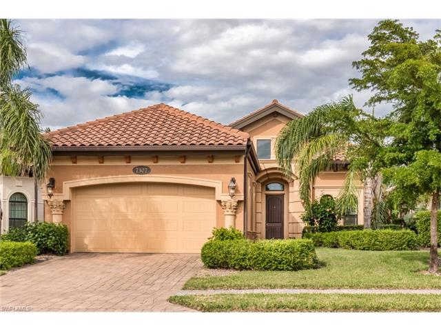 7307 Lantana Cir, Naples, FL 34119