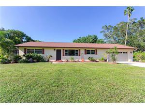 23 Center St, Naples, FL 34108