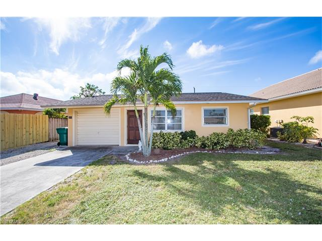 690 99th Ave N, Naples, FL 34108