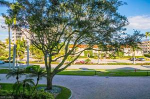 3115 Gulf Shore Blvd N 112s, Naples, FL 34103