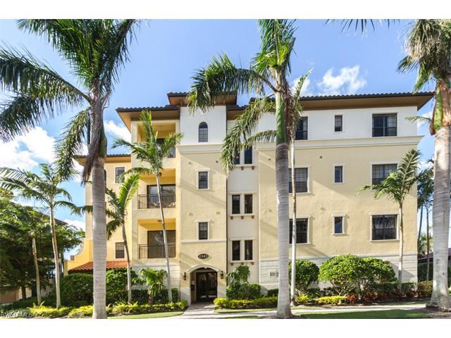 2543 Marquesa Royale Ln 4-101, Naples, FL 34109