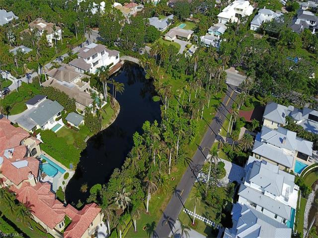 179 17th Ave S, Naples, FL 34102