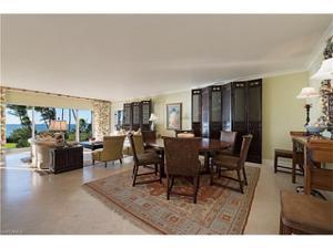 1285 Gulf Shore Blvd N 2d, Naples, FL 34102