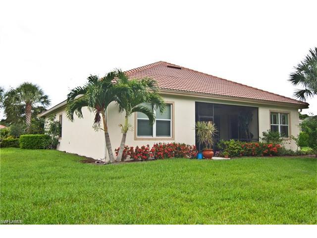 8251 Quaker Pl, Naples, FL 34104