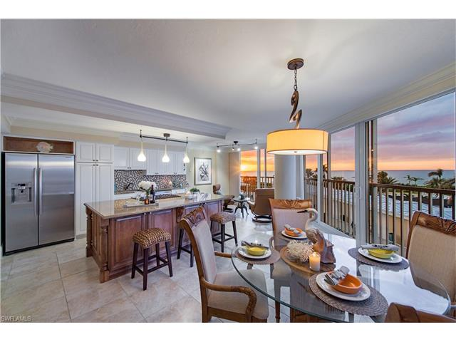 4041 Gulf Shore Blvd 203, Naples, FL 34103