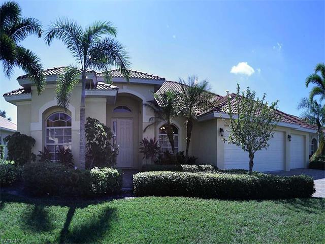 5016 Old Pond Dr, Naples, FL 34104