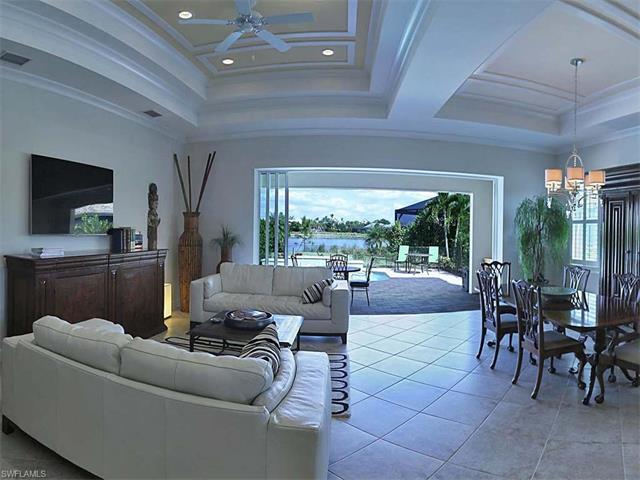 5076 Martinique Dr, Naples, FL 34113