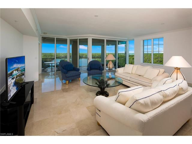 445 Dockside Dr A-504, Naples, FL 34110