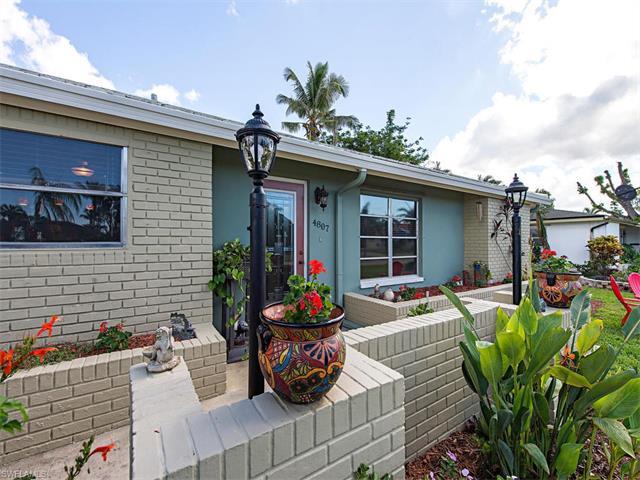4807 Hawaii Blvd 4, Naples, FL 34112