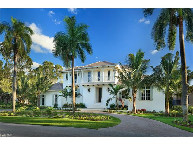 190 16th Ave S, Naples, FL 34102