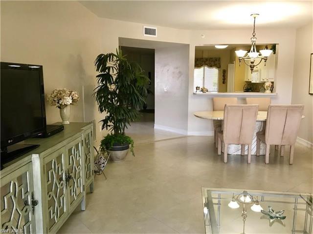 7814 Great Heron Way 5-206, Naples, FL 34104