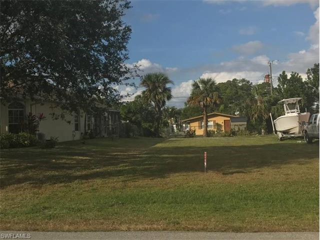 691 108th Ave N, Naples, FL 34108