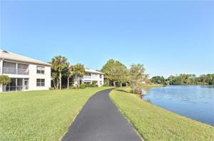 526 Lake Louise Cir 401, Naples, FL 34110