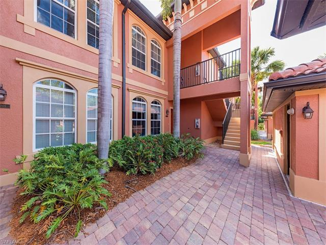 10024 Heather Ln 1004, Naples, FL 34119